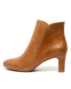 TOMIE TAN LEATHER