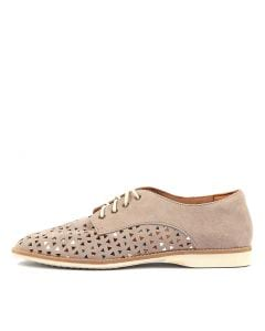 DERBY TRIANGLE PUNCH LIGHT TAUPE LEATHER