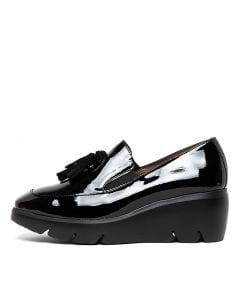 WHISKIT BLACK PATENT LEATHER