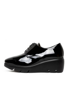 WHISPERS BLACK PATENT LEATHER